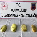 ESENPıNAR - Van'da 60 Kaçak Göçmen Yakalandı