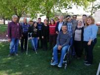 Gömeç Belediye Başkanı Himam'a Engelli Sevgisi