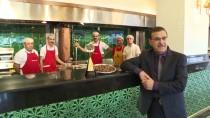 HAMDI USTA - Antalyalı Dönerciye Uluslararası Ödül