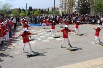 AHMET GENCER - Öğrenciler Hem Eğlendi Hem Spor Yaptı