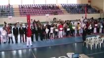 TURAN YıLMAZ - Okul Sporları Yıldızlar Karate Türkiye Birinciliği