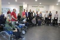 TAHSIN TARHAN - Belediyeye Gelen Tebrik Çiçeklerinin Geliriyle Alınan Engelli Araçları Dağıtıldı