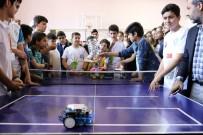 BARıŞ DEMIRTAŞ - Diyarbakır'da Öğrenciler Teknolojide Hünerlerini Sergiledi