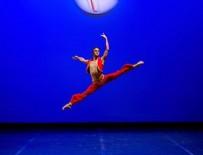 Türk balet Efe Burak gümüş madalya ile döndü