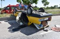 Refüje Çarpan Araç Takla Attı Açıklaması 1 Ağır Yaralı