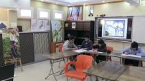 Bodrum Katını Atölyeye Çeviren Öğrenciler Resim Sergisi Açtı