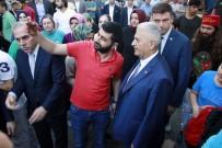 MEHMET MEHDİ EKER - Binali Yıldırım, Fatih'te Çarşamba Pazarını Gezdi