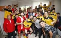 YEŞILBAYıR - Döşemealtı Futbol Takımı Namağlup Şampiyon Oldu