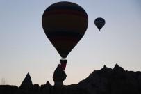 Kapadokya Bölgesini Nisan Ayında 360 Bin 46 Turist Ziyaret Etti