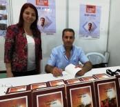 KAPITALIST - Bekir Aygül, Yeni Kitabı 'Çadırın Gözü, Yeniden Doğuş'u Okuyucuları İçin İmzaladı