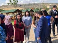 Çiçekdağı İlçe Belediye Başkanı Hakanoğlu, Öğrencilere YKS Öncesi Moral Kahvaltısı