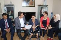 MÜFİT CAN SAÇINTI - Kas Hastası Abdullah, Evde Eğitim İle Okul Birincisi Olarak Mezun Oldu