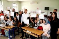 HÜSEYIN KOÇ - Kulu'da 7 Bin 255 Öğrenci Karnesini Alarak Yaz Tatiline Girdi