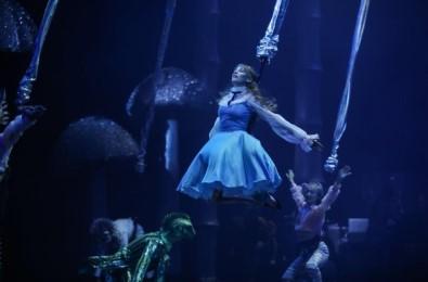 Serenay Sarıkaya'dan 'Alice' Klibi