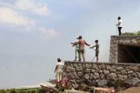 TÜP PATLAMASI - Bodrum'da Lüks Sitelerin Bulunduğu Arazide Tüp Patladı