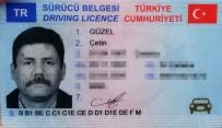 Çatalca'da Hatalı Sollama Yapan Çekici Tırla Kafa Kafaya Çarpıştı