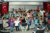 MAHMUT YıLDıRıM - Tiyatro İle Çocuklara Dokunuyorlar