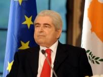 DIMITRIS HRISTOFYAS - Kıbrıs Rum Kesimi'nin Eski Lideri Hayatını Kaybetti