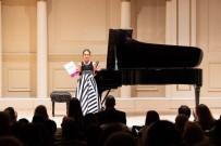 Müziğin altın çocuğu New York'tan ödülle döndü