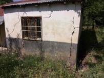 BARBARA - Bingöl'de Heyelan Nedeniyle İki Ev Boşaltıldı