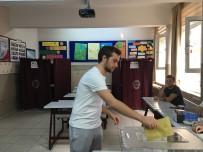 DEMET AKBAĞ - Ünlü Oyuncu Demet Akbağ, Oyunu Beşiktaş'ta Kullandı