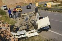 YUSUF YıLMAZ - Gümüşhane'de 2 Ayrı Trafik Kazası Açıklaması 4 Yaralı