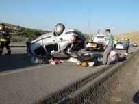 Düğüne Giden Aile Kaza Yaptı Açıklaması 5 Yaralı