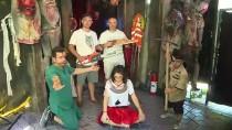 KORKU FILMI - Onların İşleri 'Korkutmak'