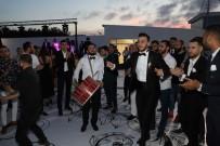 MEHMET BAYRAKTAR - Samsunspor'un Kalecisi Furkan Köse Evlendi
