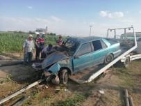 Takla Atan Otomobil Tarlaya Uçtu Açıklaması 6 Yaralı