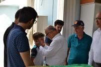 İNŞAAT İŞÇİLERİ - Manisa'da Feci Kazada Ölen 6 Kişiden 5'İ Defnedildi