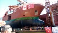 REGAİP AHMET ÖZYİĞİT - Bakan Varank Gemi İndirme Törenine Katıldı