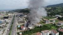 KİRAZLIK MAHALLESİ - Mağaza Yangını 4,5 Saatte Söndürüldü