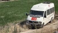 Minibüs Şarampole Devrildi Açıklaması 2 Yaralı