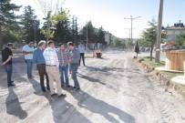 Belediye Başkanı Rasim Arı, Mustafa Parmaksız Caddesinde İncelemelerde Bulundu