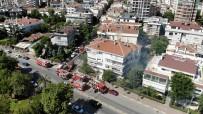 MÜNİR NURETTİN SELÇUK - Kadıköy'de 4 Katlı Binada Yangın