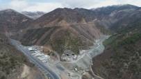 KARAYOLU TÜNELİ - Zigana Tüneli'nde Yüzde 63 Seviyesine Ulaşıldı