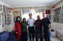 Günyüzü Kaymakamı Çelik'ten Şehit Ailelerine Bayram Ziyareti