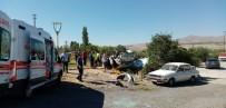 Nevşehir'de Pikap Otomobile Çarptı Açıklaması 4'Ü Çocuk 8 Yaralı