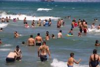 KUMBAĞ - İstanbullular Akın Etti Plajlar Dolup Taştı