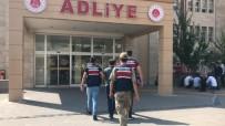 BAYRAM ZİYARETİ - Aksaray'da Aranan FETÖ'cü Kahramanmaraş'ta Yakalandı
