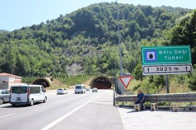 Bolu Dağı Tüneli'inden Tatilde 500 Bine Yakın Araç Geçti