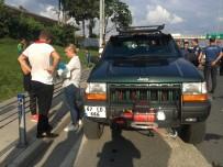 EMRE AŞIK - Yunus Ekibi Park Halindeki Araca Çarptı Açıklaması 2 Polis Yaralı