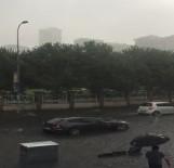 FERRARI - Milyon Liralık Ferrari Su Birikintisinde Böyle Mahsur Kaldı