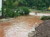 HASANLAR - Bartın'da Sağanak Yağış Taşkına Neden Oldu