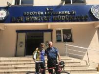 ÇANAKKALE ZAFERI - 30 Ağustos Zafer Bayramı İçin Bisikletiyle Yollara Düştü