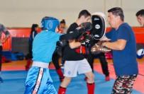 DEMİRKAZIK - Kick Boks Gençler Milli Takımı, Avrupa Şampiyonası'na Hazırlanıyor