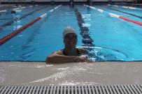 21 Yaşına Kadar Suya Girmedi, 1,5 Yılda Yüzme Şampiyonu Oldu