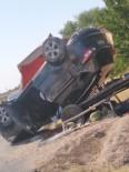 ARAÇ PLAKASI - Diyarbakır'da Trafik Kazası Açıklaması 2 Yaralı
