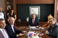 Kılıçdaroğlu, Ardanuç Belediyesini Ziyaret Etti